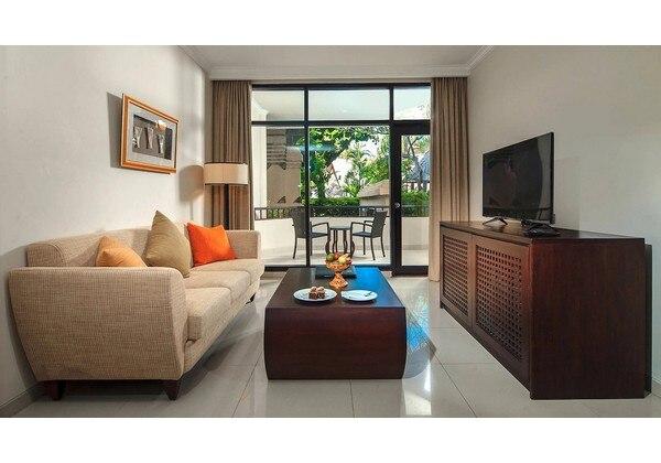 1 Bedroom Suite Pool Side
