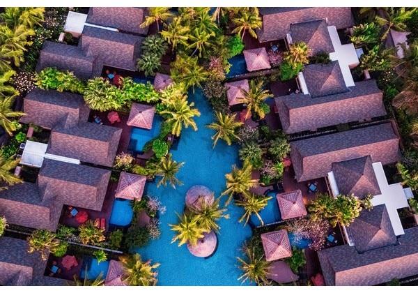 Villas and Lagoon