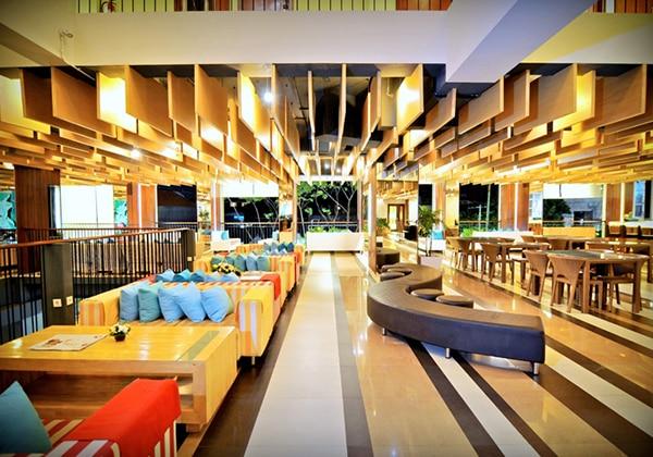 Lobby Bar Lounge