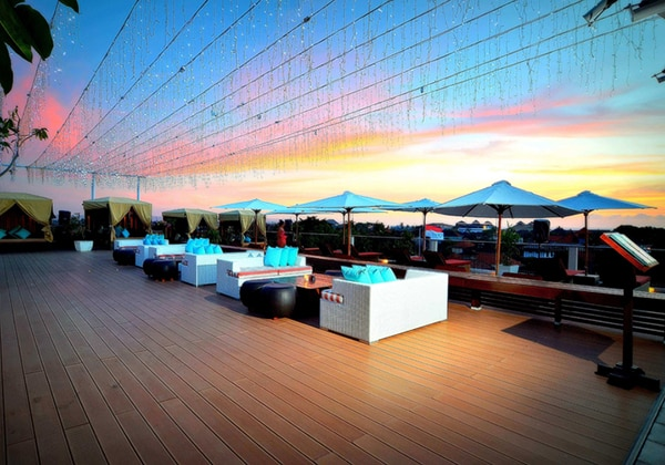 Sky Deck at Rooftop