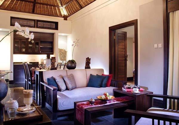 Sandi Phala Suite Livingroom