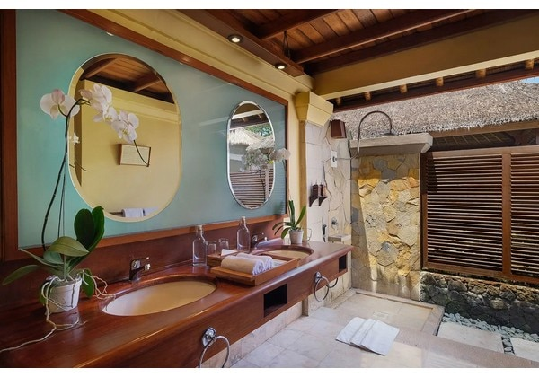 Courtyard Villa with Private Hot Spring