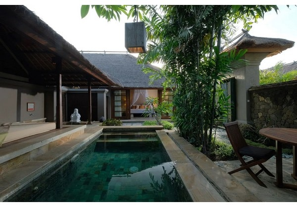 Courtyard Villa with Hot Spring & Pool