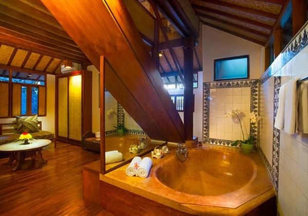 Two-Storey Bungalow Bathtub