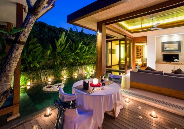 Romantic Dinner in Villa