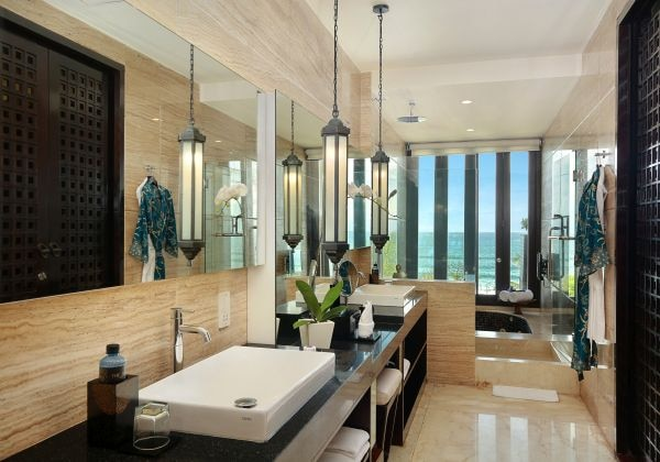 The Suite - Bathroom