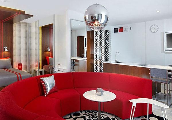 Grand Studio Red