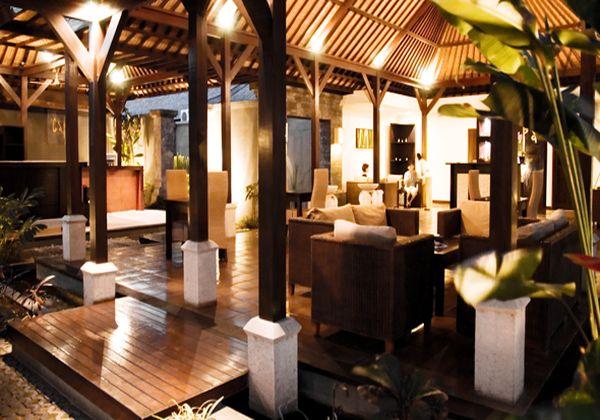 Spa Lobby Lounge