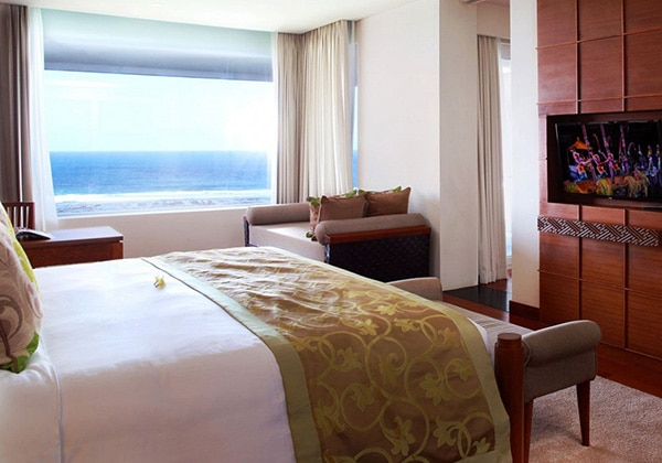 Ocean Front Samabe Pool Suite