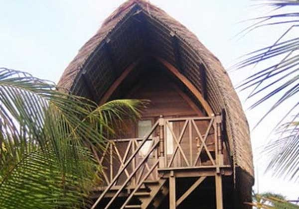 Rumah Tradisional Lumbung Suku Sasak