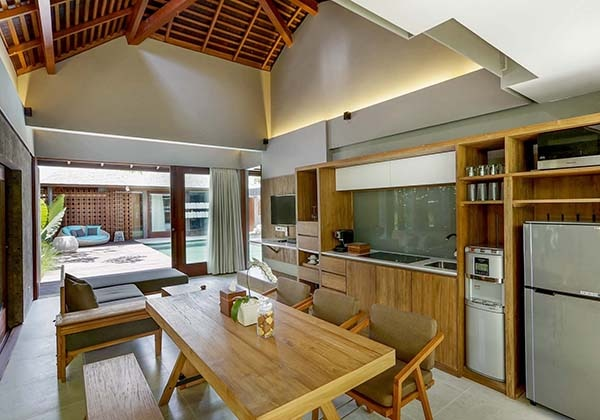 2 Bedroom Pool Villa Living & Dining Are