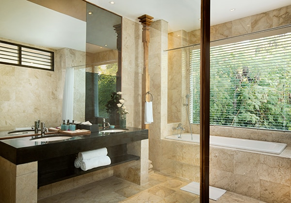 Sadara Suite - Bathroom