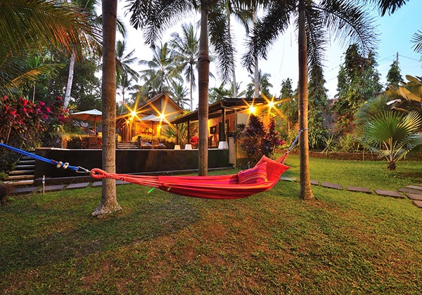 Kingfisher Bale Villa
