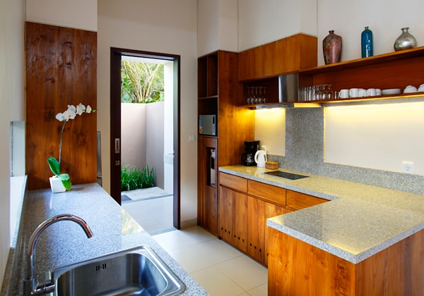 One Bedroom Villa (Kitchen)