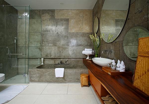 2 Bedroom Villas Bathroom