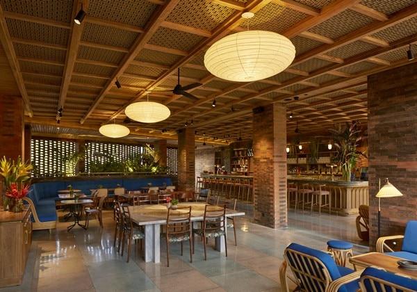 Kaum Restaurant & Bar