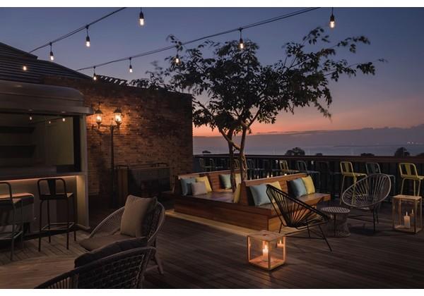 Rooftop Bar & Restaurant