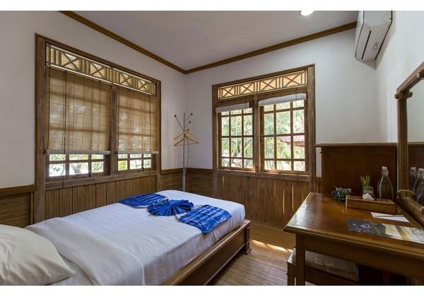 Standard Lodge
