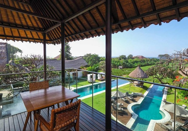 Ocean View Suite - balcony