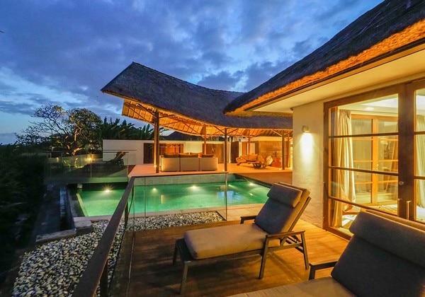 2 bedroom pool villa balcony