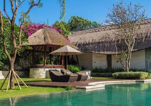 Samata Residence - pool