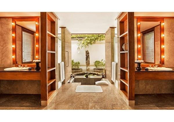 Luxury Villa Garden View