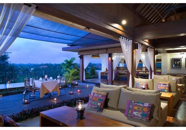 Ulu Sunset Terrace