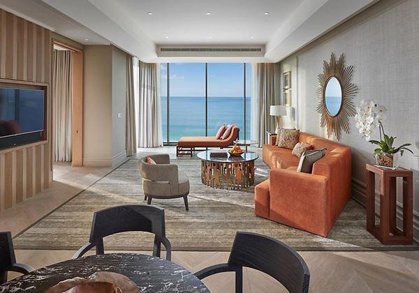 suite-mandarin-sea-front