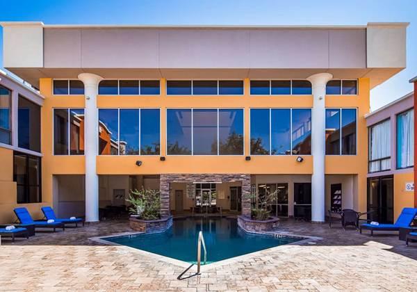 Heated Outdoor & Indoor Pool