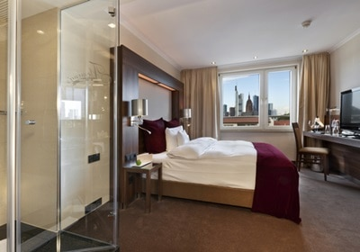 Deluxe Room with Skyline View