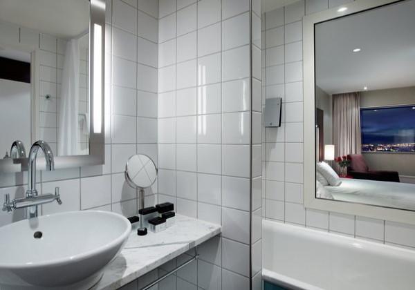 Standard Premium Bathroom