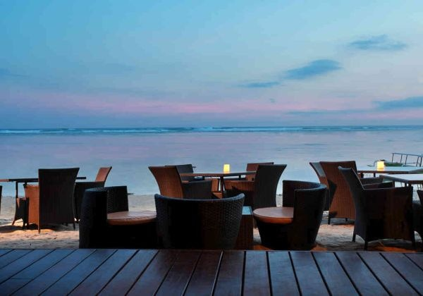 Sampan Beach Bar