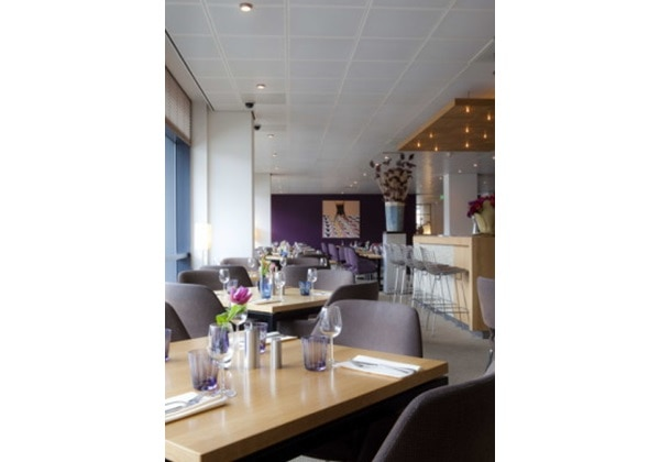 Restaurant Purple