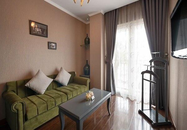 Essence Suite Balcony