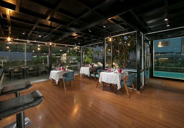 Le Jardin Rooftop Bar and Restaurant