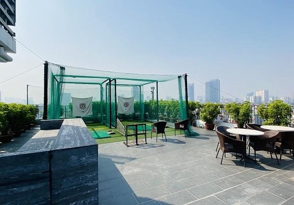 Golf Driver Range