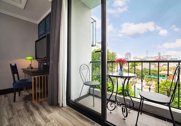 Solaria Balcony