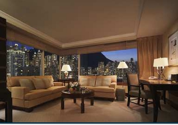 KING EXECUTIVE PEAK SUITE
