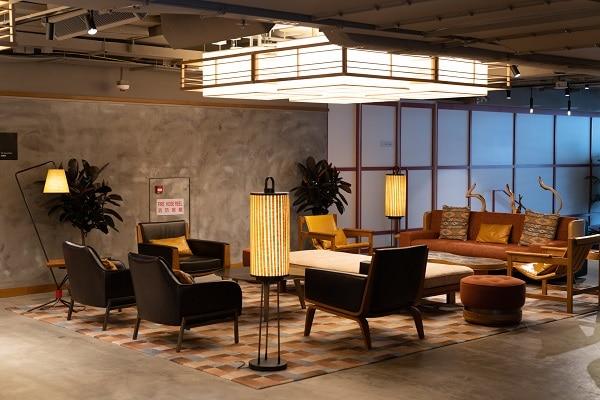 E-Club Lounge