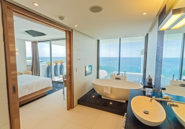 BATHROOM(3 BEDROOM SKY VILLA)