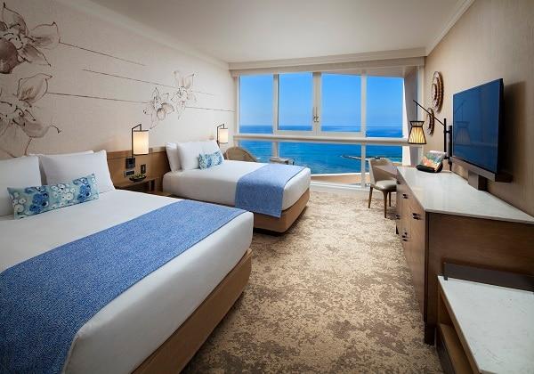 Ocean Front Club Room