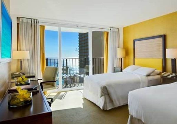2Double Beds Deluxe Ocean View