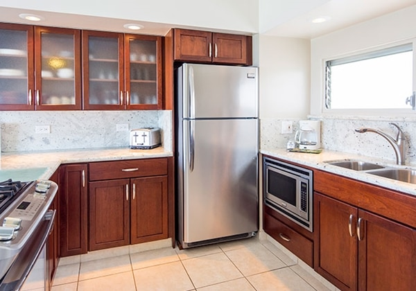 2Bedroom Ocean View kitchen