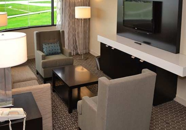 2DOUBLE BEDS ALCOVE SUITE-NONSMOKING