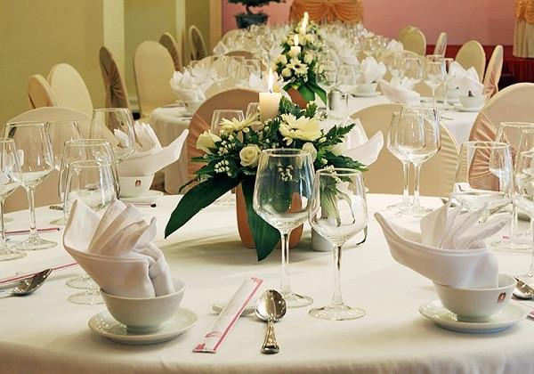 Banquet & Jules Ferry Restaurant