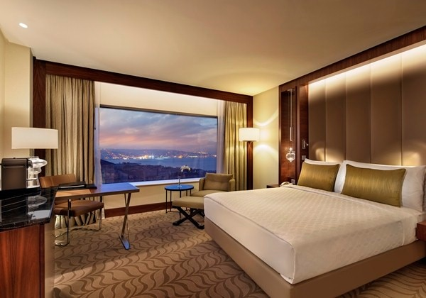 KING EXECUTIVE BOSPHORUS VIEW
