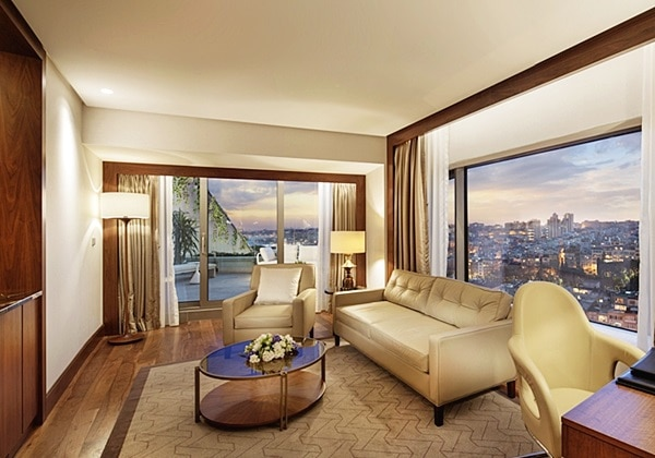 PARK SUITE WITH BALCONY