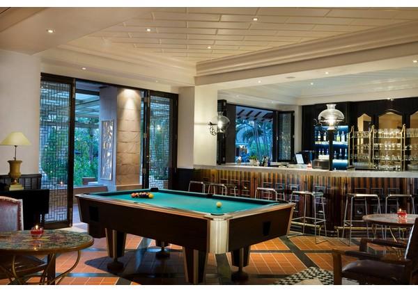 Pub Med - Mediterranean Bar