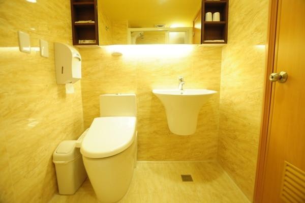 浴室-スーペリア ファミリー (ダブルベッド2台)