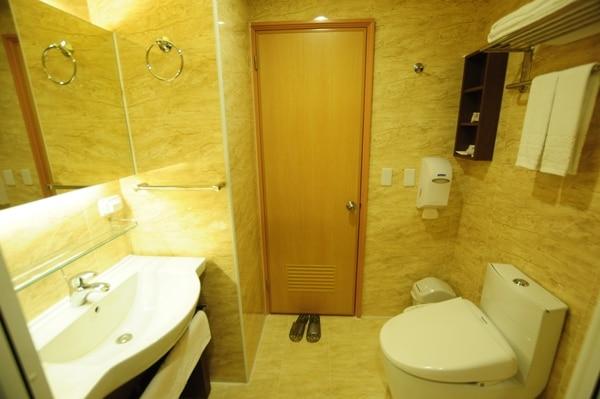 ビジネス ファミリー 浴室